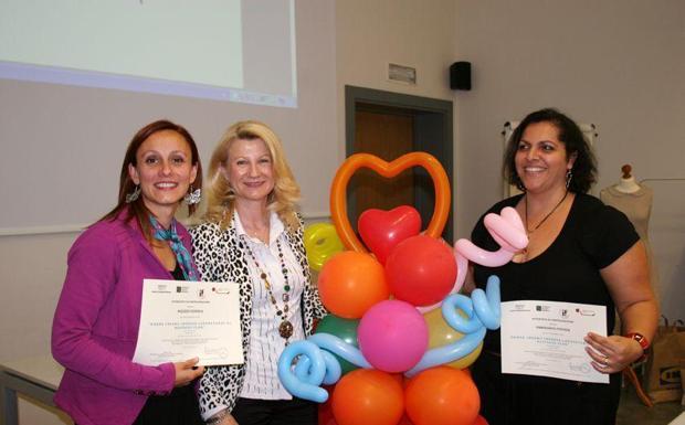 Donne e impresa - Un corso per l'imprenditoria femminile a Vicenza. Foto di gruppo dopo le 40 ore di incontri e di idee (Galofaro)