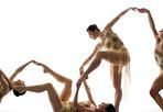 La geometria di Salieri - Una coreografia di «Rbr Dance Company» sulle musiche di Antonio Salieri. Il Festival in onore del compositore settecentesco si tiene a Legnago (Verona), sua città natale.