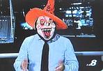 Notizie da ridere - Conduttore mascherato al tg dell'emittente «La 8»