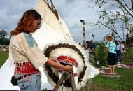 Viaggio nella cultura indianatra tepee e mocassini sioux