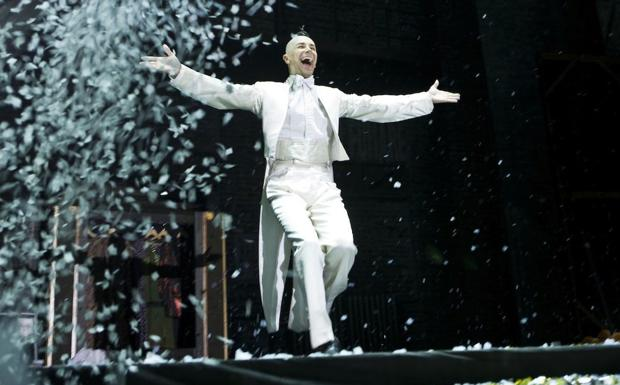 Sorpresa Brachetti - Arturo Brachetti in scena al Gran Teatro Geox di  Padova venerdì 4 e sabato 5 aprile