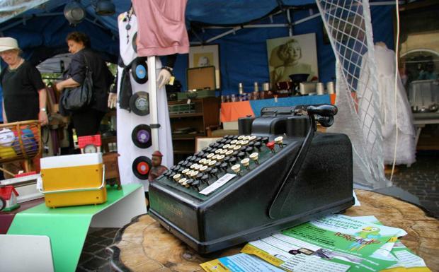 Erano altri tempi - Summer vintage, il mercatino dell'usato a Belluno (Zanfron)