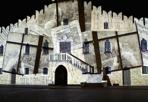 Il Municipio si traveste - A Portogruaro videomapping sul fronte del Municipio sabato 23 agosto ore 22.30 con i videomakers Karmachina per il Festival di Portogruaro tramusica e arti visive