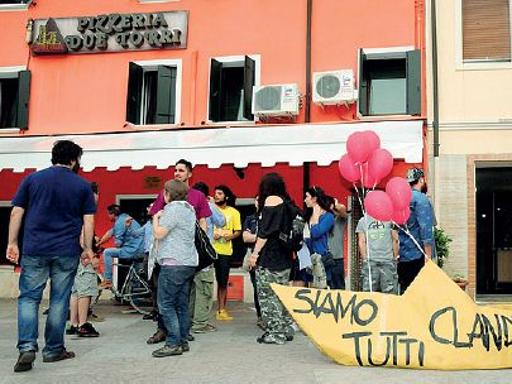 Salvini, contestazione soft in piazza
