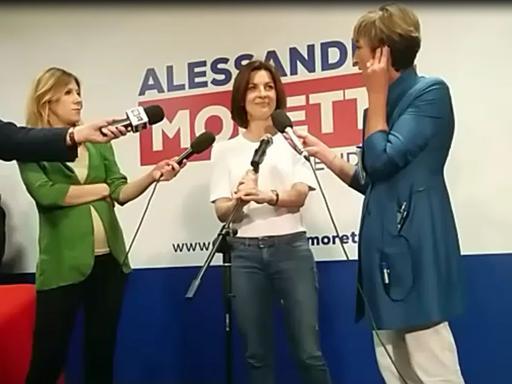 Moretti, jeans e maglietta bianca«Farò opposizione dura per 5 anni»Parla all'1.30: guarda il video