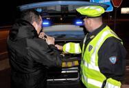 Ubriachi, drogati oppure al telefonoLa polizia ritira due patenti al giorno