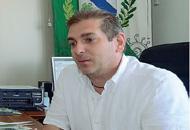 �Sparo ai ladri e li butto nell'umido�Bufera sul post del sindaco di Tezze