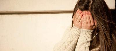Dopo la lite con la madre, 15enne fugge dalla finestra ma cade. E' grave