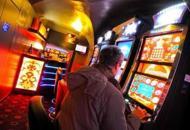 Sale giochi e locali con slot machinepi� lontani da scuole e parchi