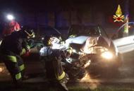 Auto fuori strada nella nottegrave un giovane di 26 anni | Foto