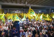 Agricoltori, 10mila contro l'embargo�Danni per seicento milioni di euro�Trattori e bandiere: le foto | Video