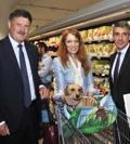 Cagnolini anche al supermercato Despar e le borse «accogli-cani»
