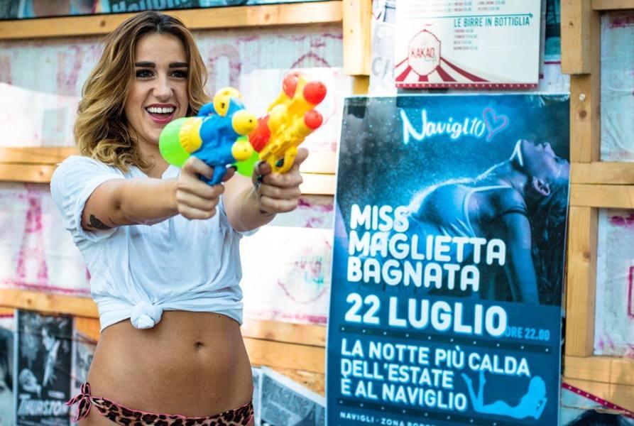 Miss maglietta bagnata» ai Navigli - Corriere del Veneto
