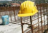 Si accascia mentre sta lavorando,muratore muore davanti ai colleghi