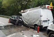 Terribile contro auto-furgonePerde la vita un 39enne di Feltre