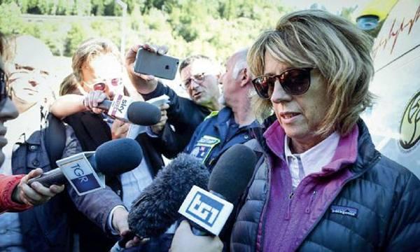 Notte a 3800 metri d'altezza sospesa sul Monte Bianco: denuncio i responsabili