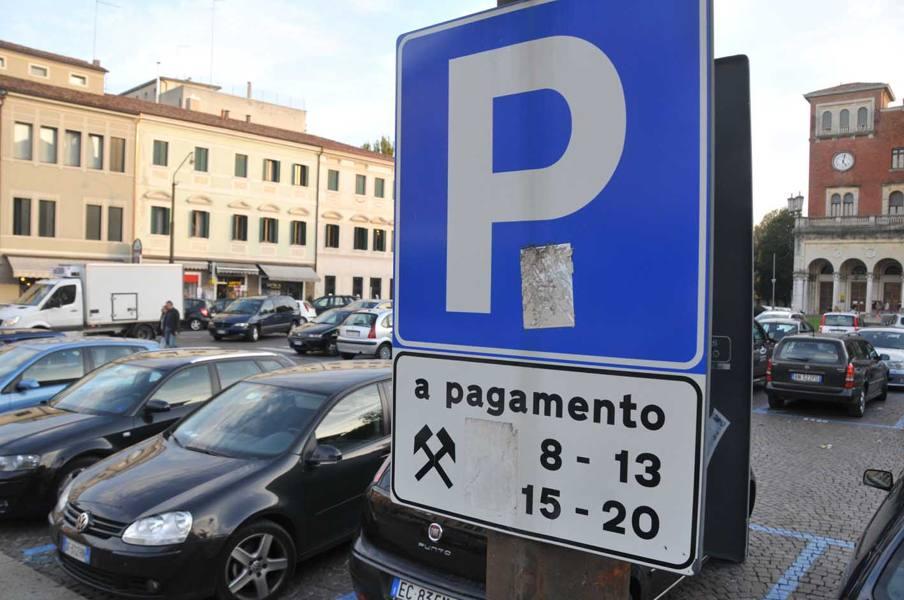 Sosta, raddoppiano i parcheggi gratuiti