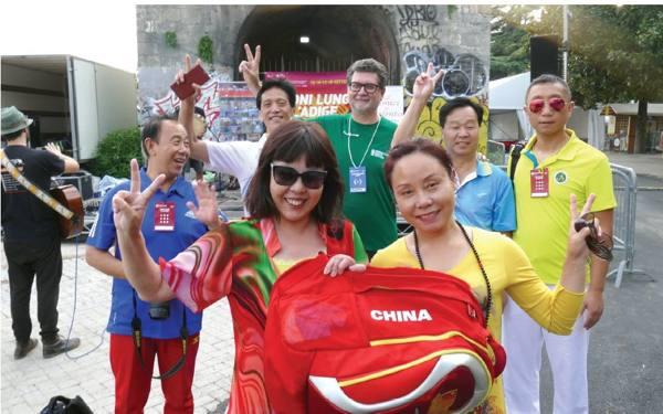 Girandole e bambù in Adige Tocatì al decollo, irrompe la Cina