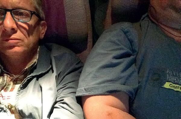Viaggio aereo con a fianco super-obeso avvocato padovano fa causa a Emirates