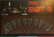 La Capua lascia la Cameraaccolta la richiesta di dimissioni