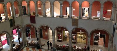 Venezia, ecco il Fontego del lussoLa caffetteria Alajmo di StarcksLa fotogallery | Il video