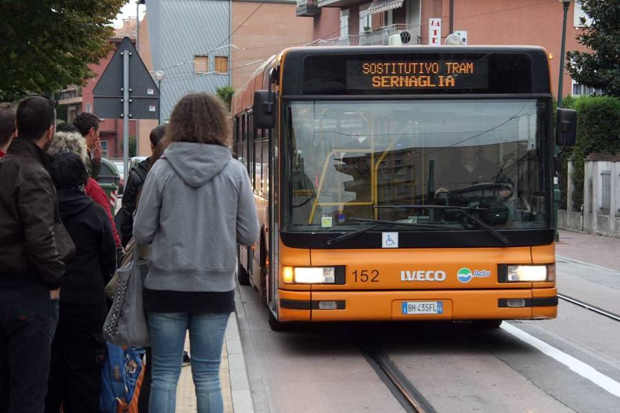 Bus Actv, parte un'altra rivoluzione Addio a 10 linee e nuove corse