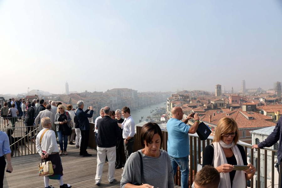 Venezia, Fontego alla prova del pubblico Tanta curiosità ma pochi acquisti