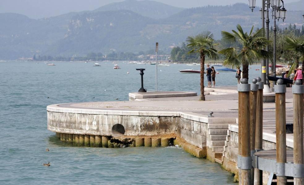 Sub travolto sul lago di Garda turista tedesco muore a 66 anni