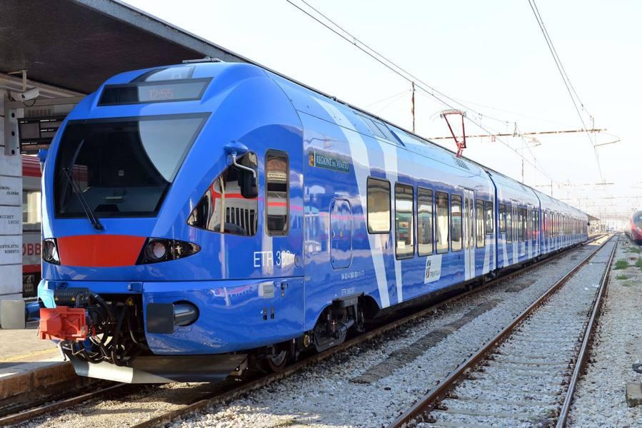 Stangata sui furbetti senza biglietto verifiche a bordo di 342 treni oltre 4mila persone non in regola