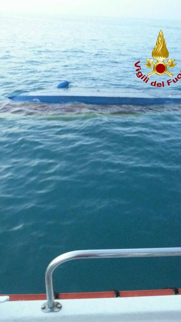 Dispersi in mare, trovato il corpo della turista: impigliata in una corda