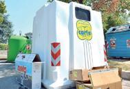 Sacchi e rifiuti abbandonati | Video�Triplicheremo la sanzione�
