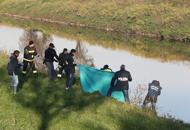 Cadavere affiora dal canale |Ftè del ragazzo georgiano scomparso