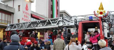 Vigili del fuoco, festa di Santa Barbara Guarda la Fotogallery | Il video