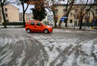 Dopo la neve arriva l'incubo ghiaccioStrade gelate, un morto nel Padovano