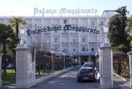 Fumi di cloro nelle condotte dell'ariaSette persone intossicate in hotel