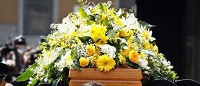 Impossibile celebrare il funerale perchè risulta viva all'anagrafe