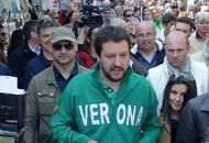 Salvini e il 25 aprile: «Riprendiamocila festa che da anni si è tinta di rosso»