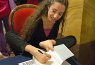 Simona Atzori in scena  a Conegliano e Padova