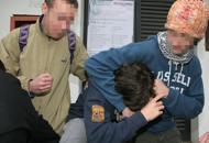 Furti e estorsioni ai coetanei sui bus Bulli condannati a servire gli anziani