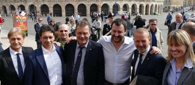 Comunali, l'investitura di Sboarinapassa da Salvini e BerlusconiIl leader leghista: «Questione di ore»Guarda la Fotogallery| Video
