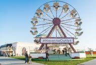 A Noventa di Piave una ruota panoramica ricoperta di fiori