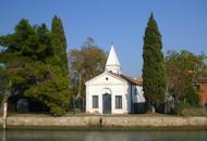 Venezia: mancano fedeli, il sacerdotecelebra messa solo su prenotazione