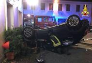 Incidente a Camposampiero,auto capovolta in centro |Foto