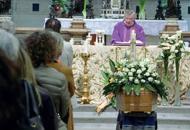 Lacrime, poesie, ricordi di mare L'addio a Enrico, uomo di passioni I volti delle vittime di Rimini| Foto