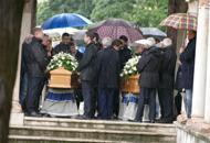 Tragedia di Rimini, in centinaiaai funerali di padre e figlia