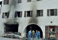 Esplosione nella pizzeriaIl ferito: «Non sono stato io»