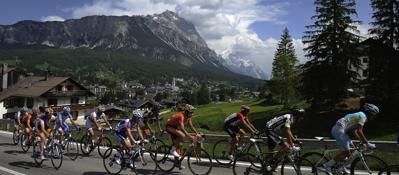 Giro d'Italia, Zaia «Tappa di Asiago, chiameremo la gente in strada»