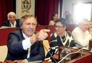 Contro l'integrativo 2.200 voti contro «Brugnaro riapra la trattativa»