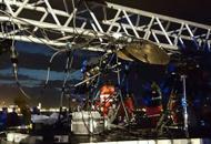 Crollano le luci prima del concerto,feriti due musicisti  veneti   Video