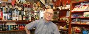 Cocktail segreti, brindisi e maiali il bar del Bo compie sessant'anni